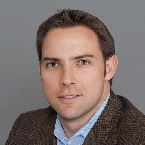 An image of Esteban Ferro, PhD '10
