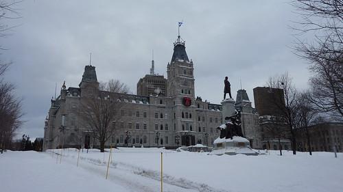 Parlement du Québec en hiver