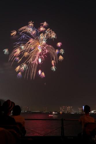 「昇小花 夜空のコサージュ」 by 細谷一夫 東京湾大華火 2013 Tokyo Bay Grand Fireworks