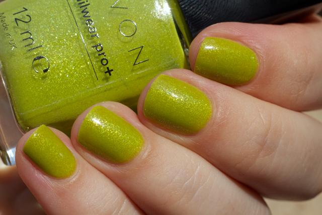 03-avon-divine-lime