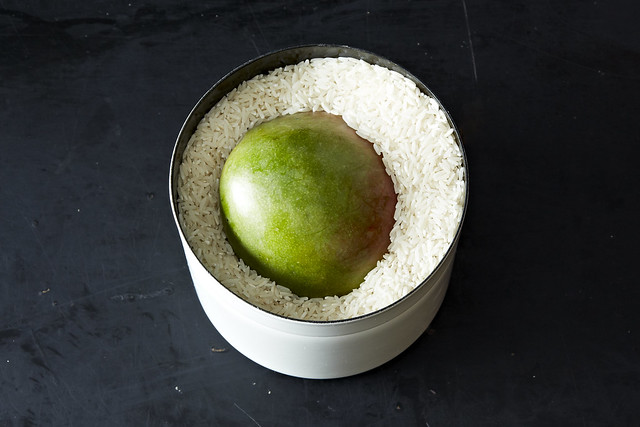 Ripening Mangoes in Rice