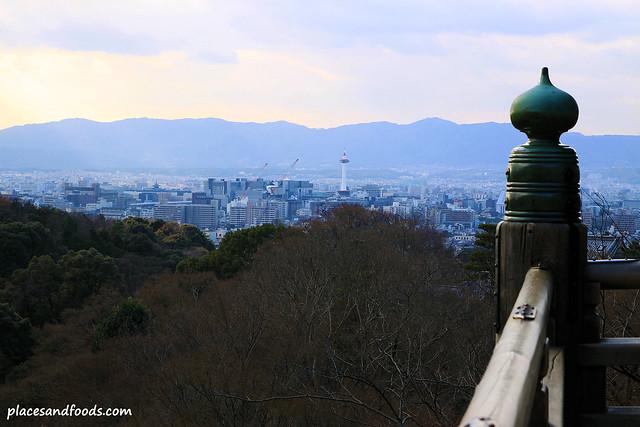 Kiyomizudera (清水寺)Temple platform kyoto