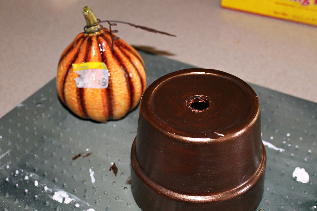 Fall 2013 - Pot - Pumpkin with sticker