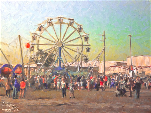 Image of a Ferris Wheel processed using Snap Art 3 and Topaz ReStyle