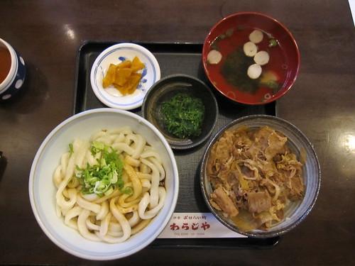 伊勢うどんと松阪牛丼 by Poran111