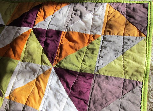 half square triangle quilt in the sun