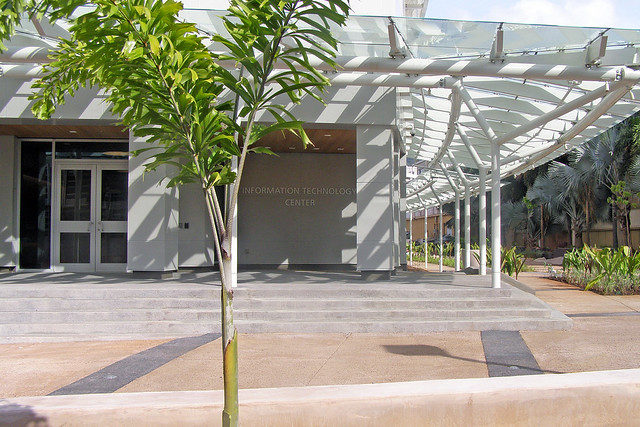 <p>Lobby entrance of the Information Technology Center.</p>