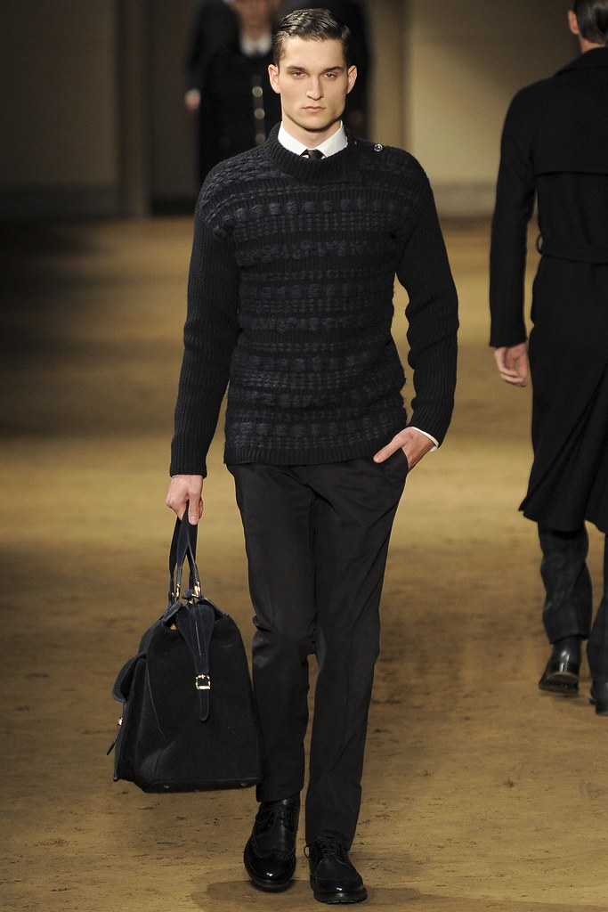 FW14 Milan Corneliani008_Jonas Binder(VOGUE)