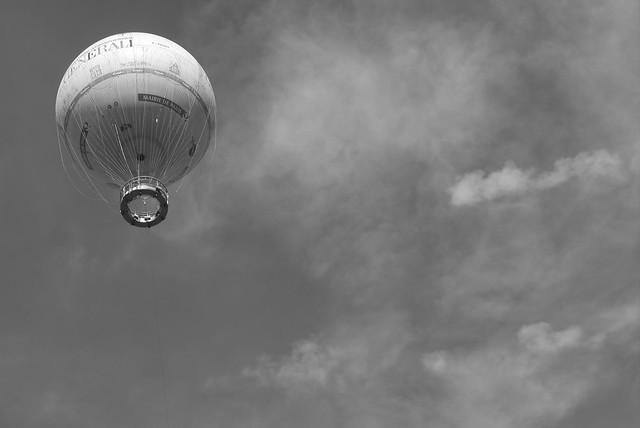 High in the sky, Panasonic DMC-GF3, LUMIX G VARIO 14-42mm F3.5-5.6