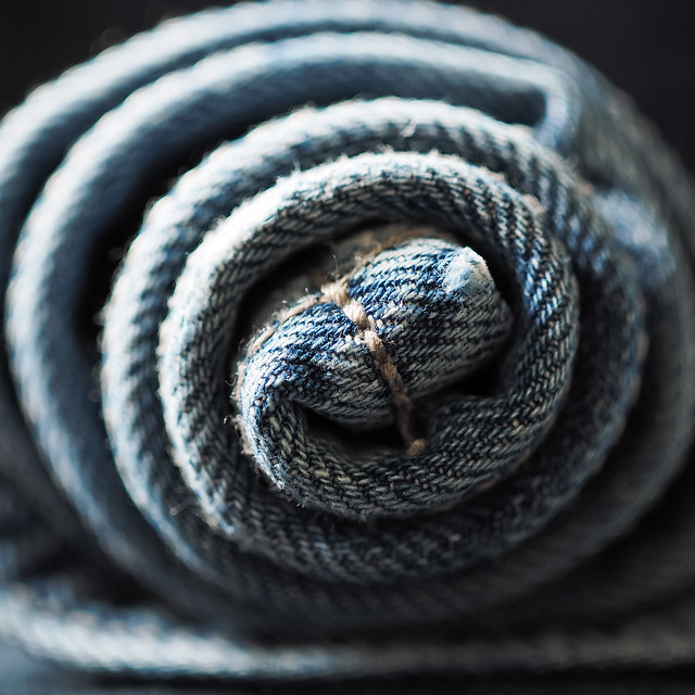 Blue Jeans, Olympus E-M1, SIGMA 30mm F2.8 DN