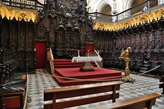 0740-20161017_Cordoba-Spain-Cathedral Mosque-Capilla Mayor-altar and seating at W end of Cathedral Choir