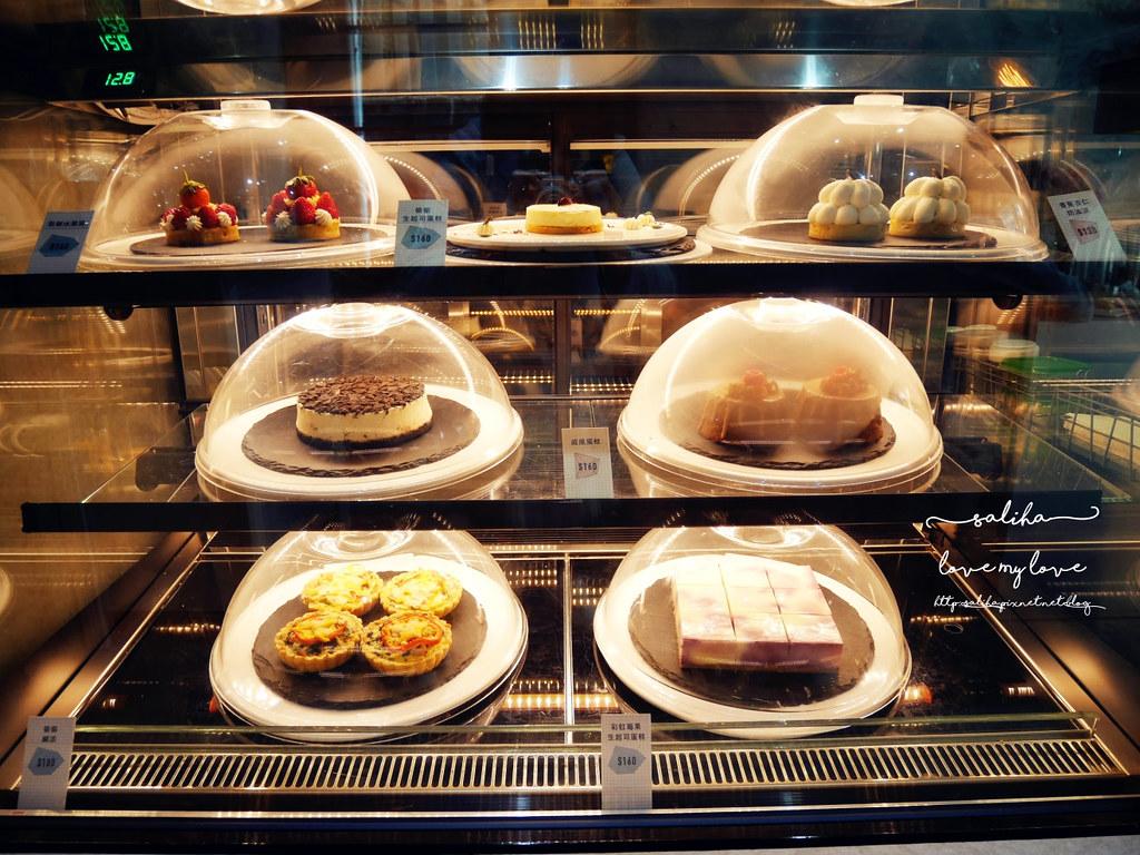 台中精誠二街超美玻璃屋偷偷 Toutou Cuisine下午茶咖啡館推薦 (7)