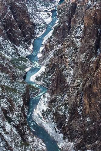 blackcanyon gunnisonriver gneiss canyon blackcanyonofthegunnison river colorado montrose nationalpark dragons winter ice snow canyonwalls snowstorm storm paintedwall