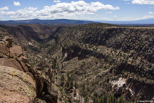 uploadedviaflickrqcom canyon mountains mesas clouds alamocanyon middlealamotrail bandelier nationalmonument newmexico canonrebelt4i