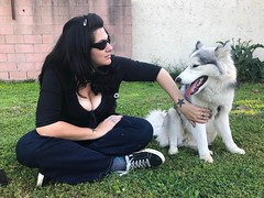 @serpenthes with @laikathespacepup #mytwoloves #mytwowolves #dosestrellas #direwolves #siberianhusky #exquisiteclaws #theradiantchild #sisterofnight http://lionhas3heads.com/037/?attachment_id=5806