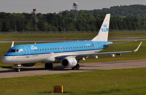 erj190型飞机座位图