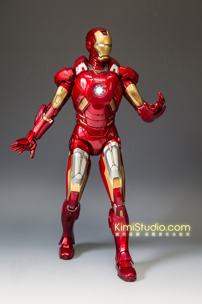 2013.06.11 Hot Toys Iron Man Mark VII-037