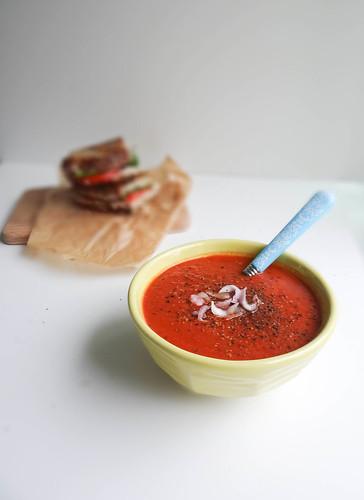 shallot balsamic tomato soup