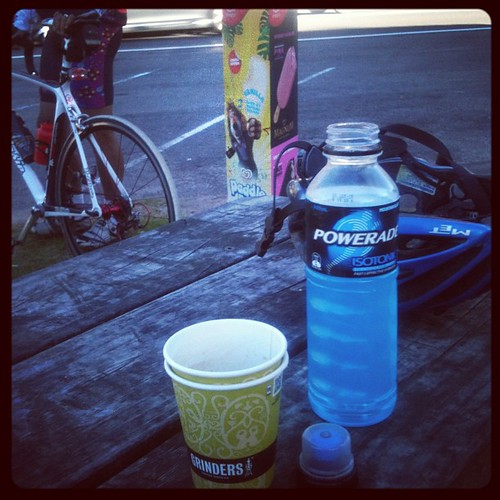 Something warm and something sugary at Crooked River #audax 50km to go :-)
