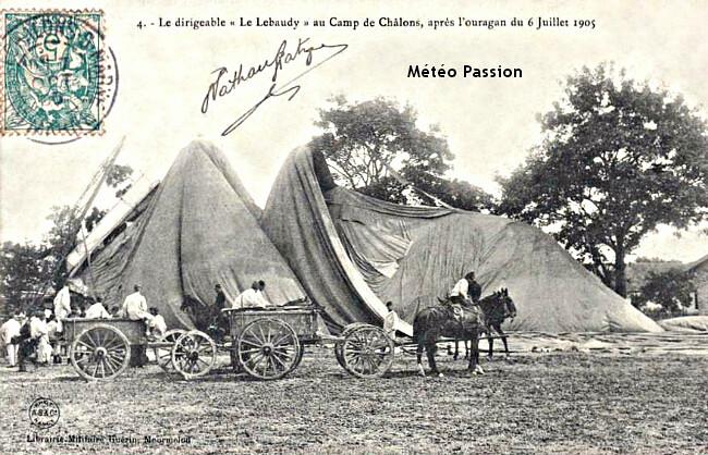 """enveloppe du dirigeable """"Le Lebaudy"""" précipitée sur les arbres du camp de Châlons lors des bourrasques du 6 juillet 1905 météopassion"""