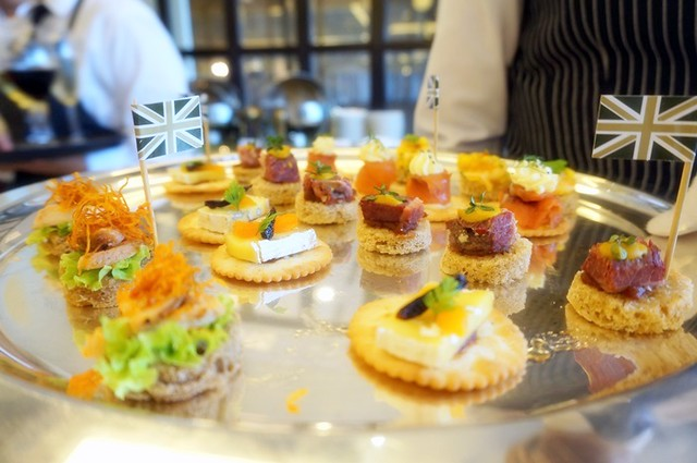 harrods cafe KLCC - tea, scones, sandwiches, cakes-001