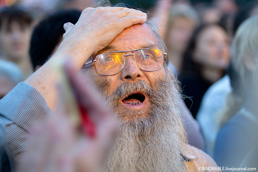Концерт на Красной площади, посвященный 1025-летию Крещения Руси. Фото: binorable.livejournal.com