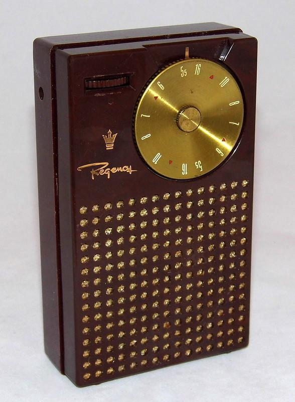 Vintage Regency TR-1 Transistor Radio, Mahogany Color, 4 Transistors, Made in USA