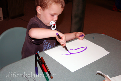 Rainy Day Watercolor Activity for Toddlers: All you need is watercolor paper and markers. And of course, rain.