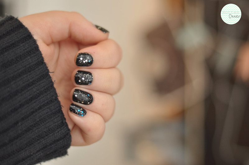 notd sally hansen salon effects real nail polish strips winter funderland rottenotter rotten otter blog 1