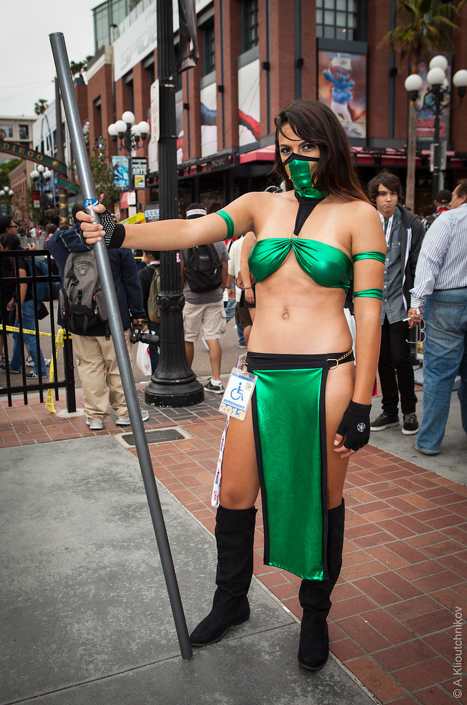 Mortal Kombat Jade Cosplay All Photos From San Diego Comic Flickr