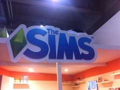 GamesWeek2013_sims_stand_3