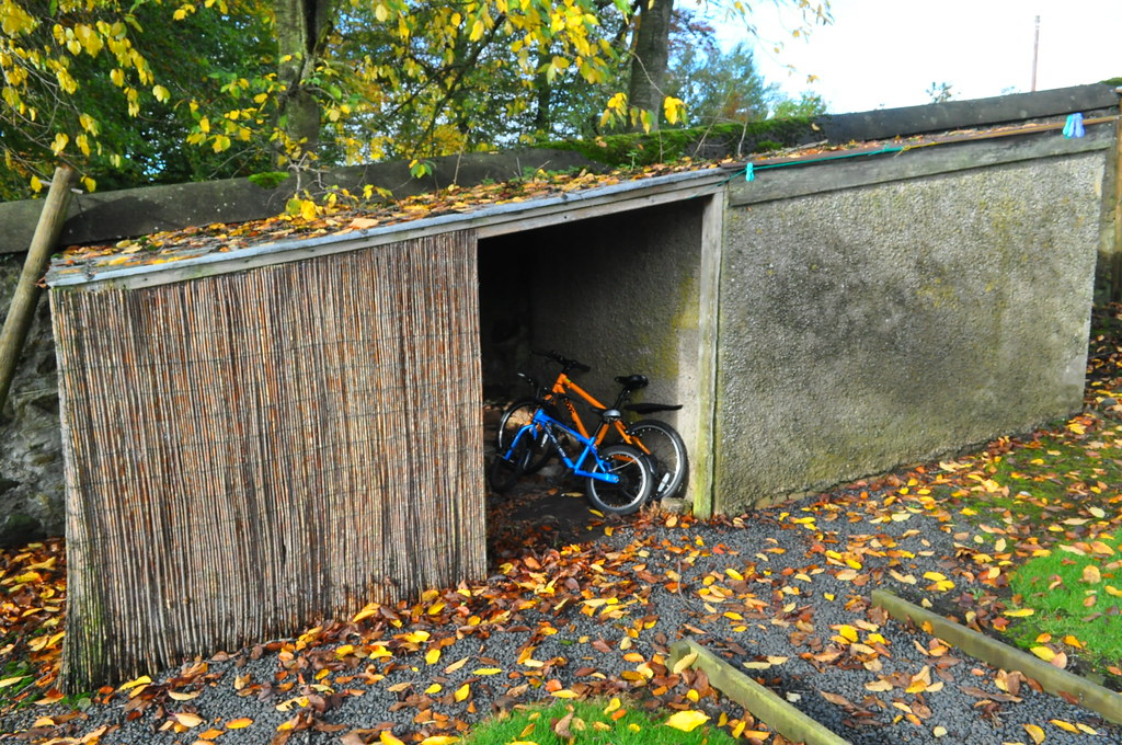 Scottish Family Cycling Holiday West Lodge Mellerstain