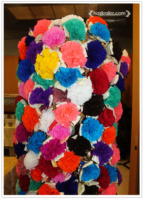 11052359385 caa7fc2cb4 o Kenduri Kahwin dan bunga tisu ros yang cantik