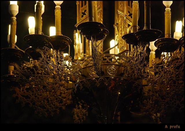Muxía Santuario da Virxe da Barca 06 lámpada
