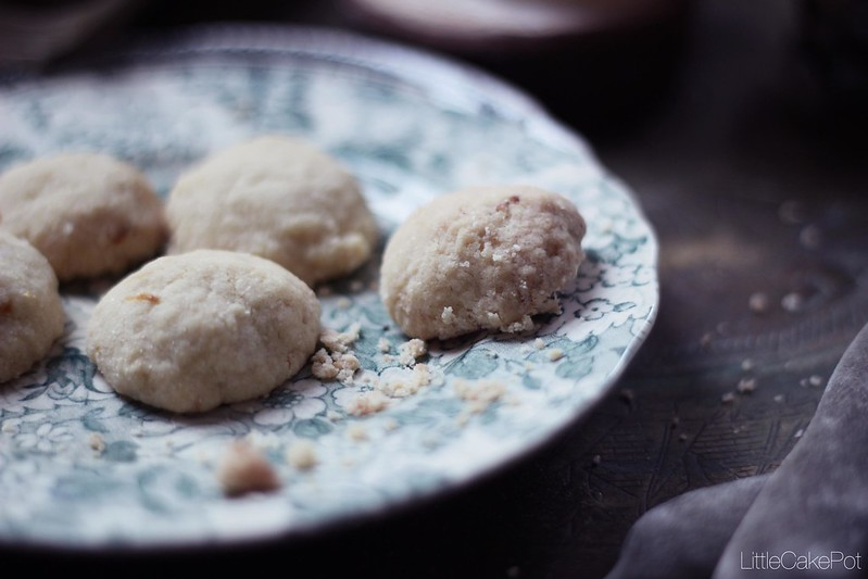 "Areias | Portuguese ""Sand"" cookies"