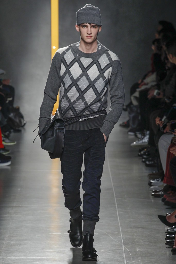 FW14 Milan Bottega Veneta037_Elliott Vulliod(VOGUE)