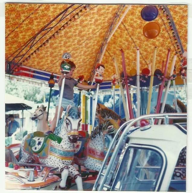 Cochecitos en el Paseo de Merchán. Cortesía de la familia Torrecillas