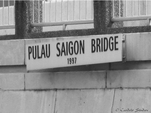 Pulau Saigon Bridge 02