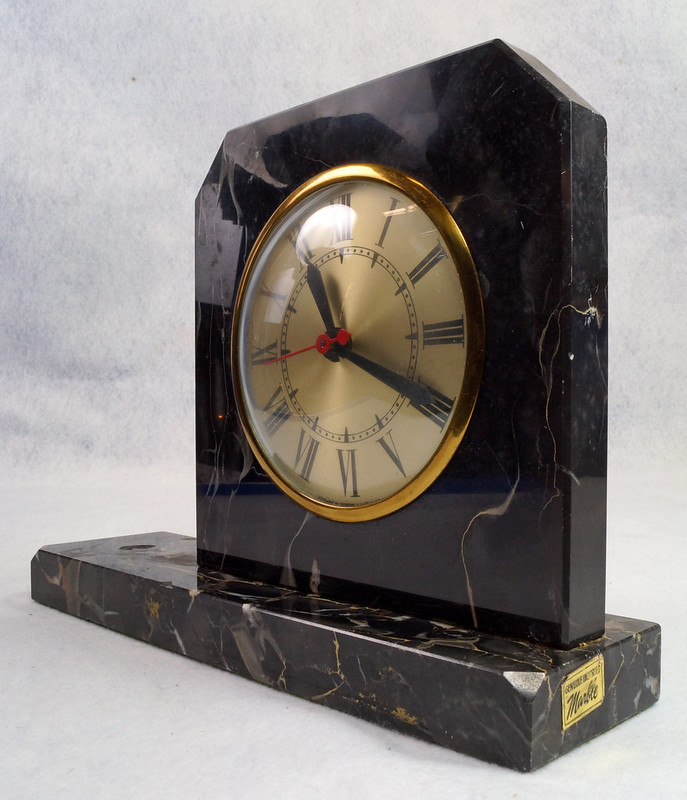 RD15359 Vintage Brunswick Electric Sessions Brass and Imported Marble Trophy Clock DSC09236