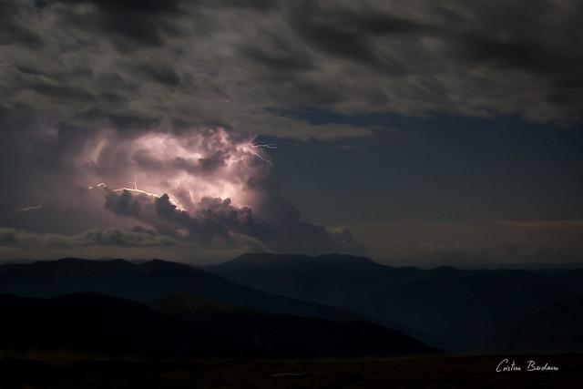 Noche de tormentas III, Canon EOS 550D, Canon EF-S 10-22mm f/3.5-4.5 USM