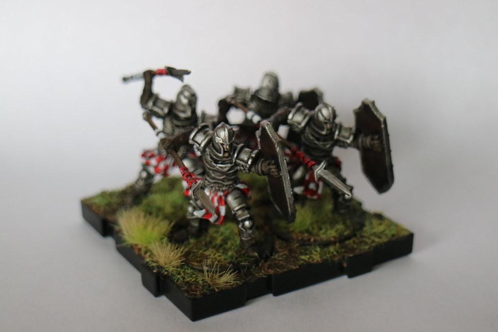 Runewars Miniatures Red Spearmen 1