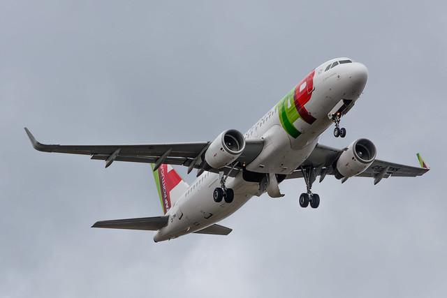 CS-TNS | TAP Portugal | Airbus A320-214