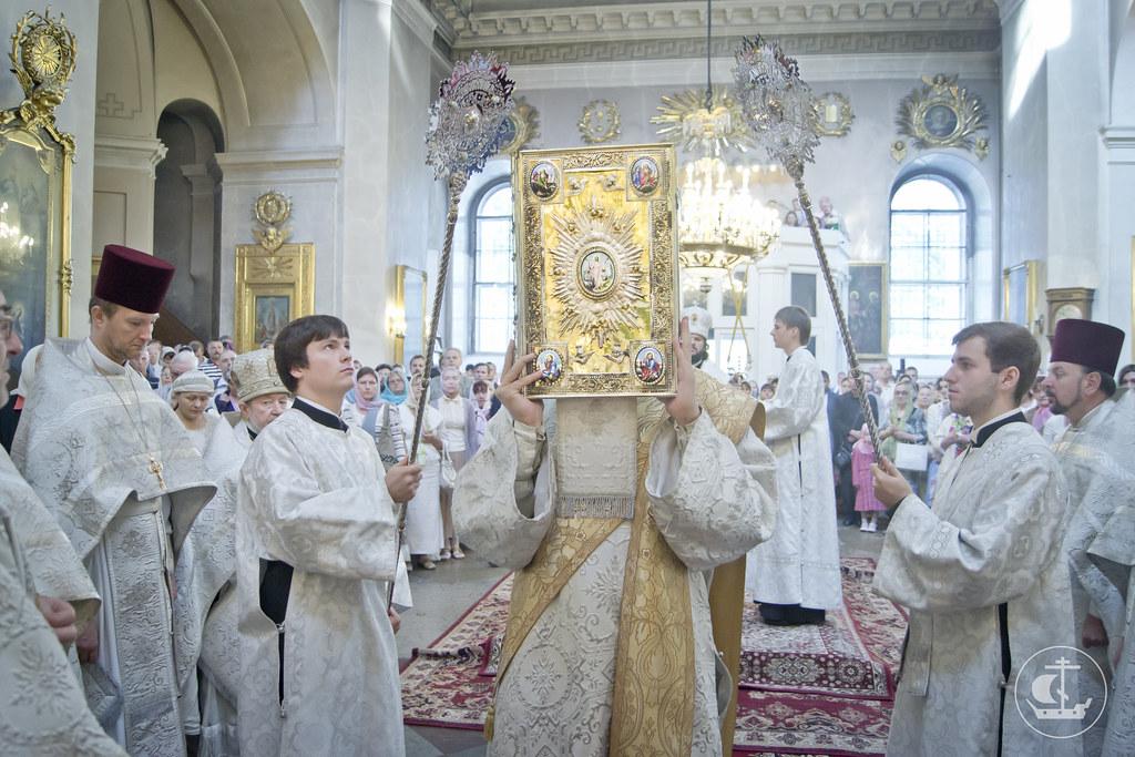 19 августа 2013, Литургия в Спасо-Преображенском соборе всей гвардии на Преображение Господне