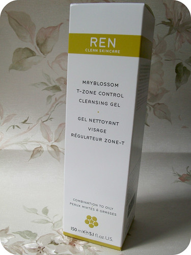 Ren Mayblossom T-Zone Control Cleansing Gel Review