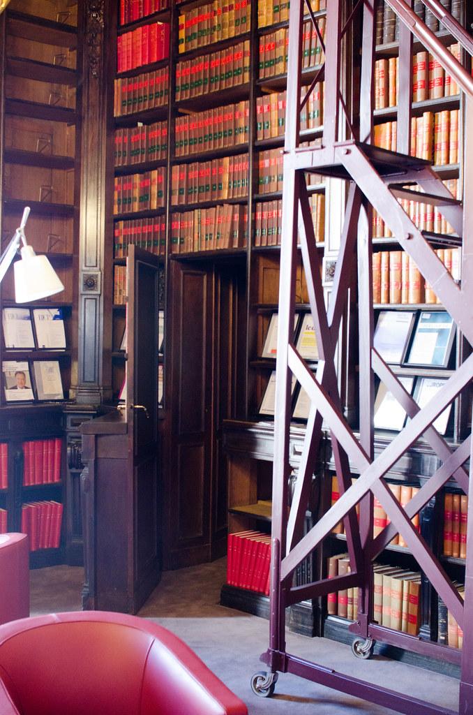 Le passage secret de la salle Pierre Laroque