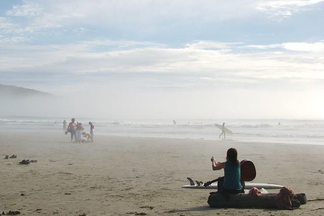 Hazy Cox Bay, Tofino by CC user slaunay on Flickr