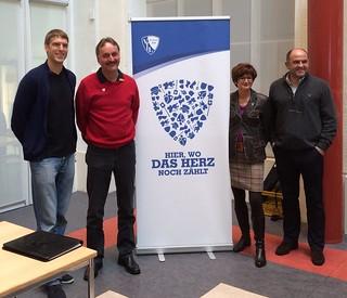 VfL Bochum/Knappschaft: Hier, wo das Herz noch zählt (Andreas Luthe, Peter Neururer, Bettina am Orde, Christian Hochstätter)