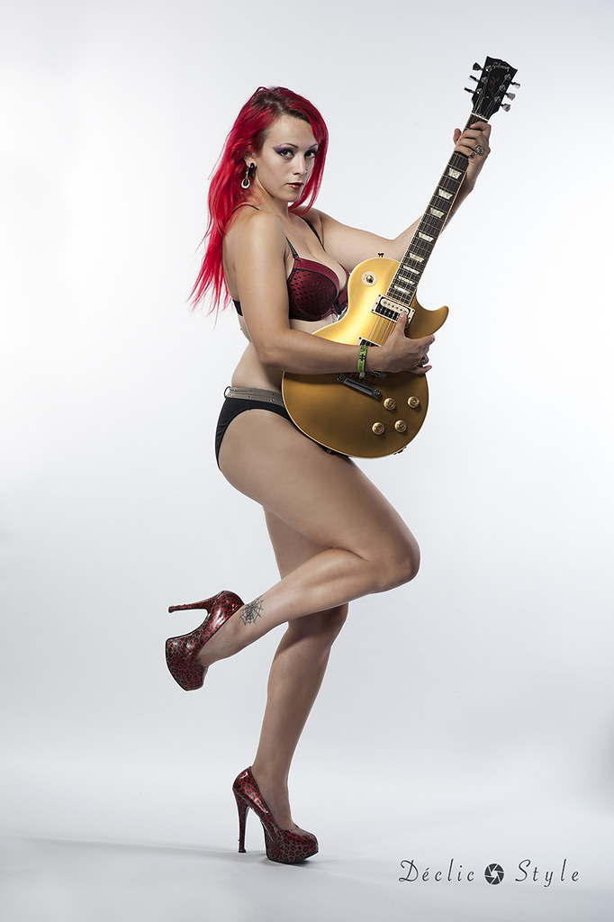 Guitar Porn & GAS - Magazine cover
