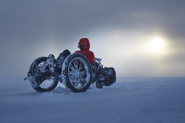 Maria mit ICE Liegedreirad unterwegs zum Südpol