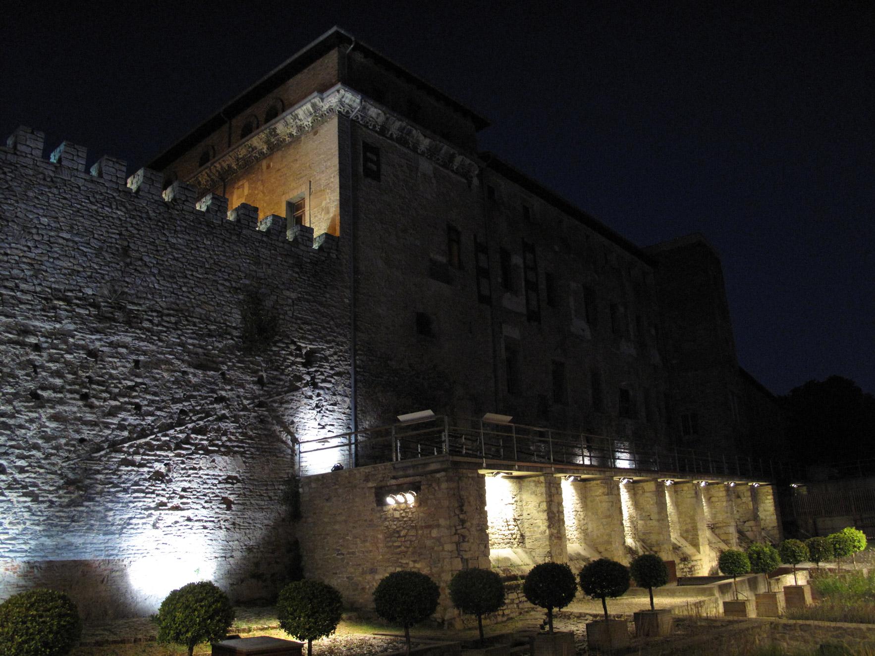 muralla vitoria_restauracion_apraiz_palacio de Escoriaza - Esquivel